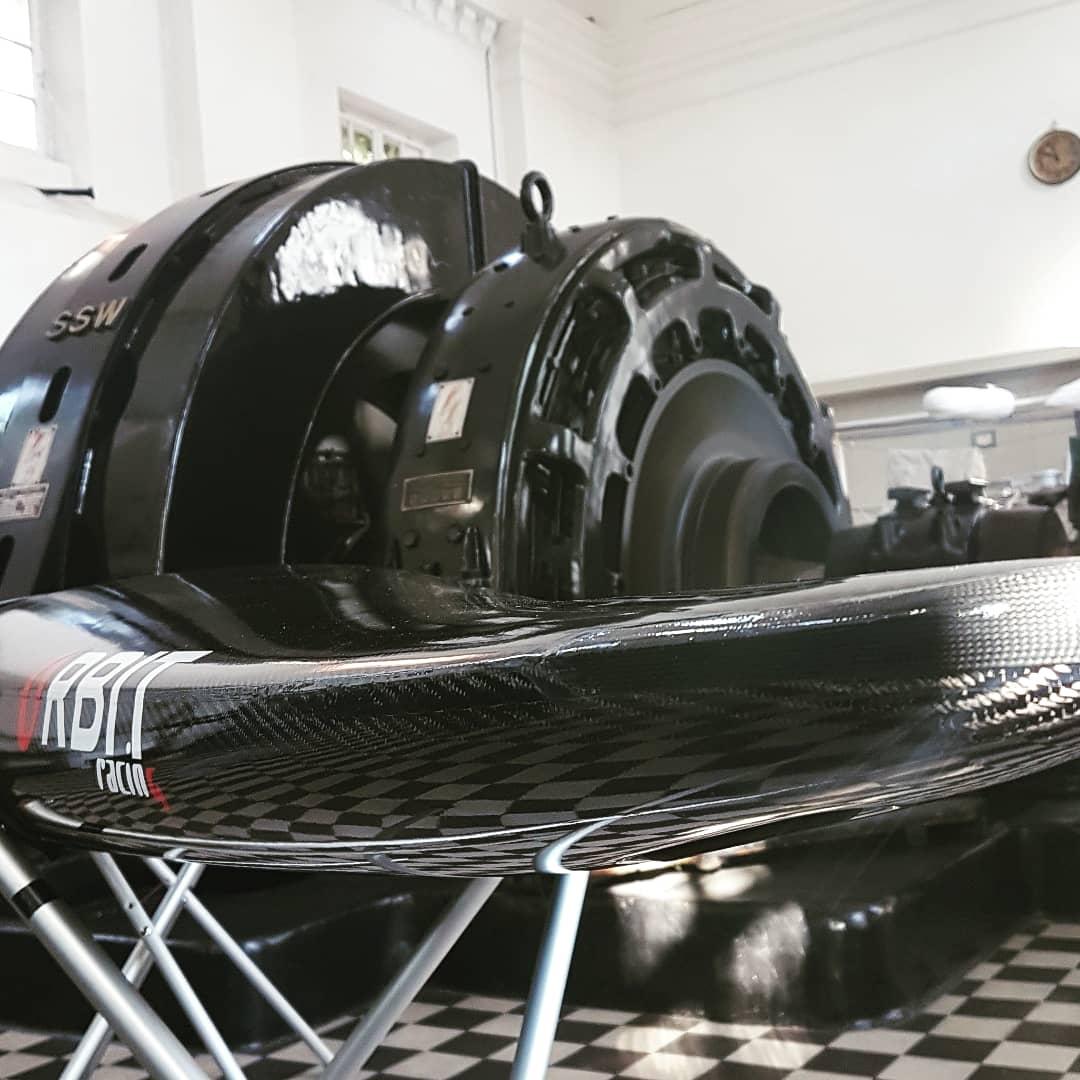 Get the Flow Slalomboot C1 zum Testen bereit